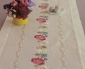 Emb Flower Tendril Runner Kit 40cm x 150cm