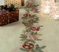 Emb Christmas Wreath Runner Kit 40cm x 150cm